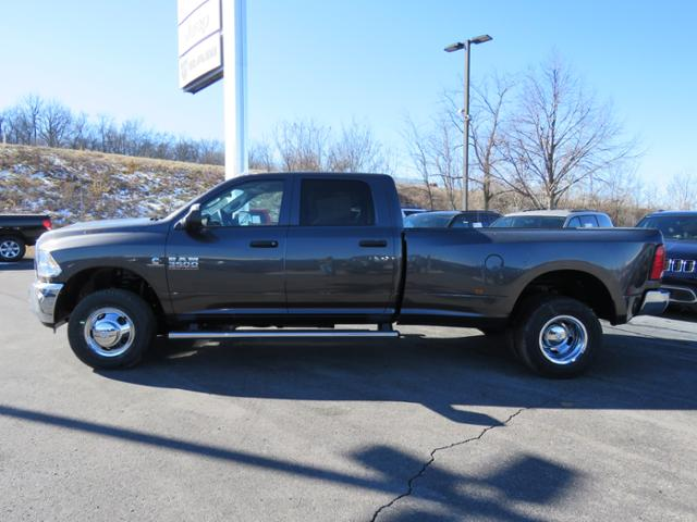 2018 Ram 3500 Crew Cab DRW 4x4,  Pickup #C1207 - photo 6