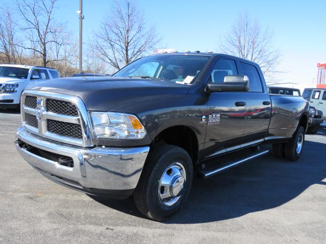 2018 Ram 3500 Crew Cab DRW 4x4,  Pickup #C1207 - photo 7