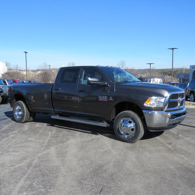 2018 Ram 3500 Crew Cab DRW 4x4,  Pickup #C1207 - photo 25