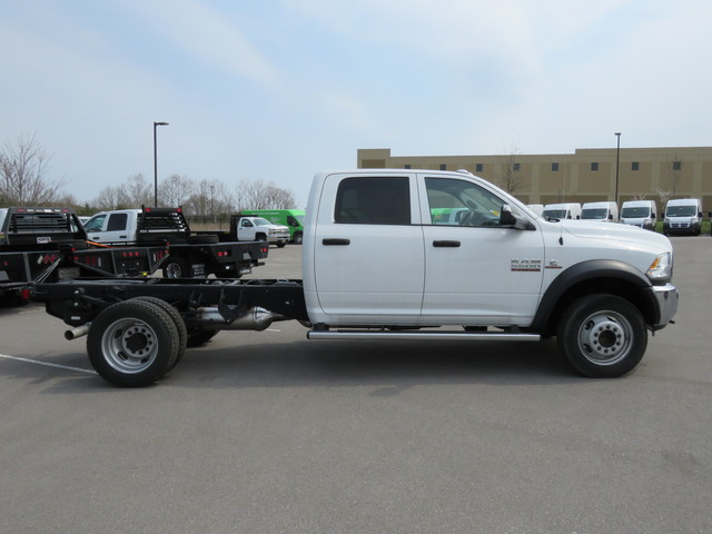 2017 Ram 5500 Crew Cab DRW 4x4,  Cab Chassis #FB1049 - photo 4