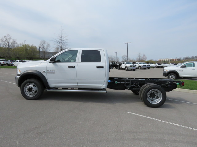 2017 Ram 5500 Crew Cab DRW 4x4,  Cab Chassis #FB1049 - photo 7