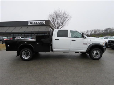 2017 Ram 5500 Crew Cab DRW 4x4,  Hauler Body #FB1072 - photo 4