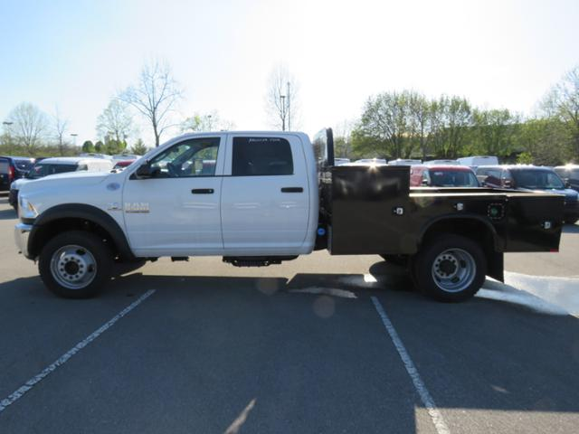 2017 Ram 5500 Crew Cab DRW 4x4, Hauler Body #FB1073 - photo 7