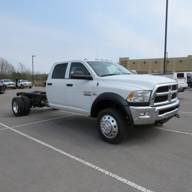 2017 Ram 4500 Crew Cab DRW 4x4,  Cab Chassis #FB1167 - photo 4
