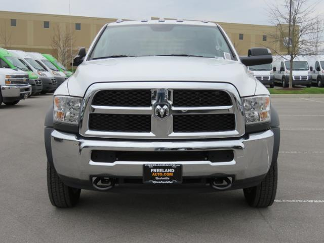 2017 Ram 5500 Crew Cab DRW 4x4,  Platform Body #FB1175 - photo 9