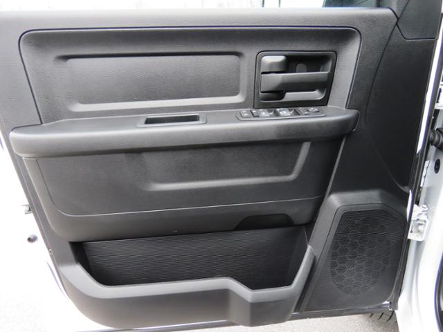 2017 Ram 3500 Crew Cab DRW 4x4,  Platform Body #FB1179 - photo 16