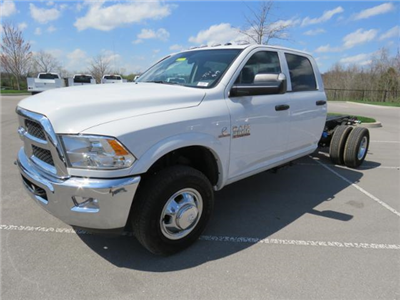 2017 Ram 3500 Crew Cab DRW 4x4, Cab Chassis #FB1180 - photo 1