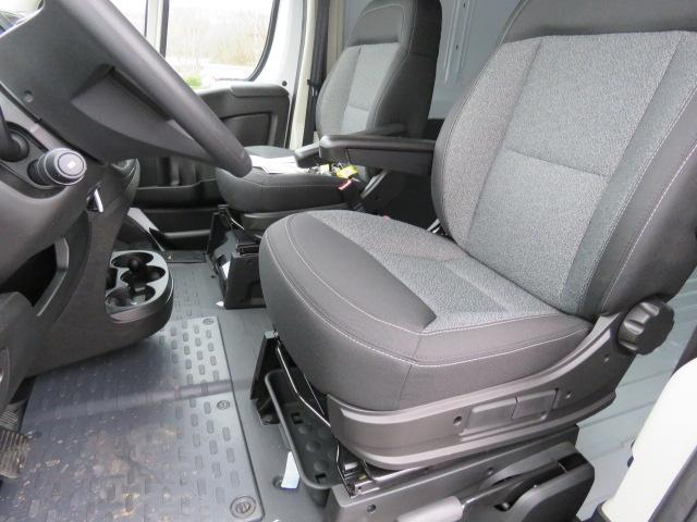 2017 ProMaster 2500 High Roof FWD,  Empty Cargo Van #FB1190 - photo 20
