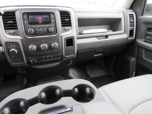 2017 Ram 3500 Crew Cab DRW 4x4,  Hillsboro GI Steel Platform Body #FB1192 - photo 12