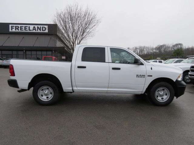 2017 Ram 1500 Crew Cab 4x4,  Pickup #FB1196 - photo 3