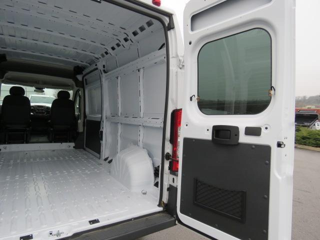 2017 ProMaster 2500 High Roof FWD,  Empty Cargo Van #FB1197 - photo 20