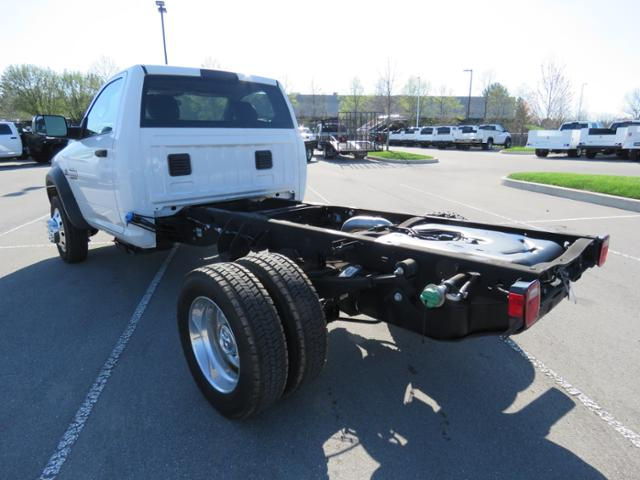2017 Ram 5500 Regular Cab DRW 4x4,  Cab Chassis #FB1204 - photo 6