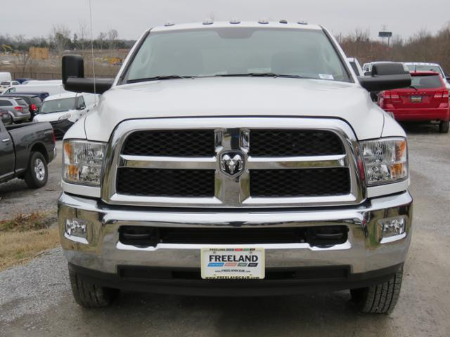 2017 Ram 3500 Crew Cab DRW 4x4,  Cab Chassis #FB1227 - photo 8
