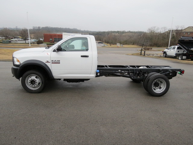 2018 Ram 5500 Regular Cab DRW 4x4,  Cab Chassis #FC1015 - photo 7