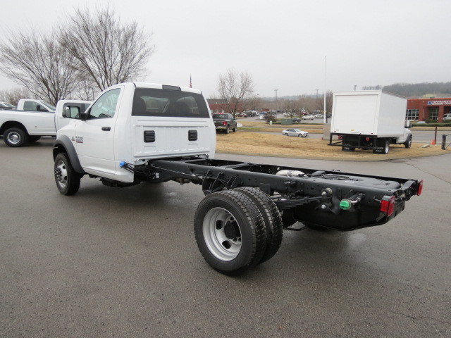 2018 Ram 5500 Regular Cab DRW 4x4, Cab Chassis #FC1024 - photo 2