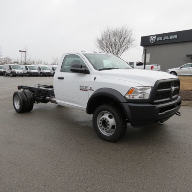 2018 Ram 5500 Regular Cab DRW 4x4,  Cab Chassis #FC1028 - photo 27