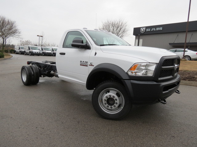 2018 Ram 5500 Regular Cab DRW 4x4, Cab Chassis #FC1029 - photo 1