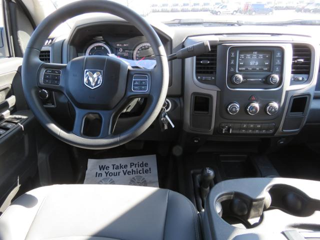 2018 Ram 5500 Crew Cab DRW 4x4,  Reading Service Body #FC1126 - photo 13