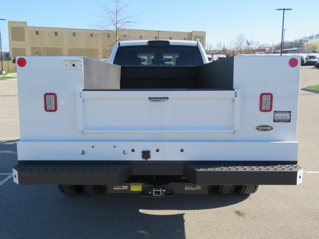2018 Ram 5500 Crew Cab DRW 4x4,  Reading Service Body #FC1126 - photo 7