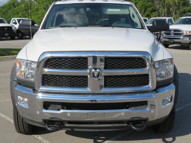 2018 Ram 5500 Regular Cab DRW 4x2,  Cab Chassis #JG243989 - photo 8