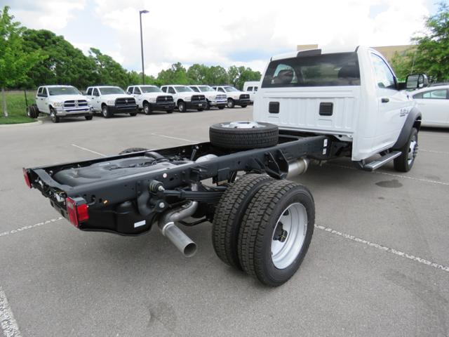 2018 Ram 5500 Regular Cab DRW 4x4,  Cab Chassis #JG263609 - photo 5