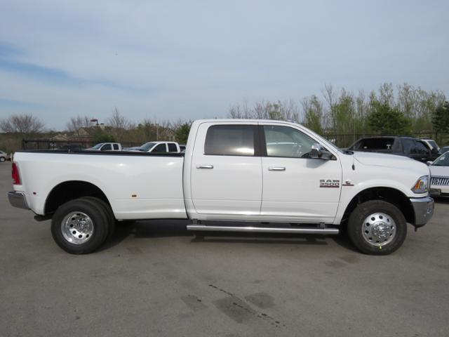 2018 Ram 3500 Crew Cab DRW 4x4,  Pickup #JG267576 - photo 4