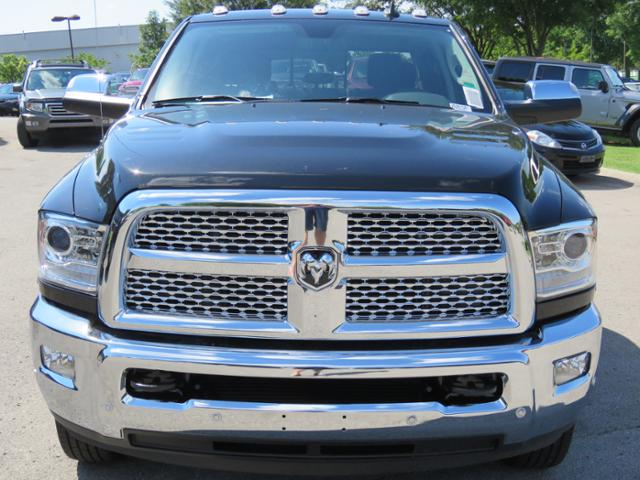 2018 Ram 3500 Crew Cab DRW 4x4,  Pickup #JG267581 - photo 9