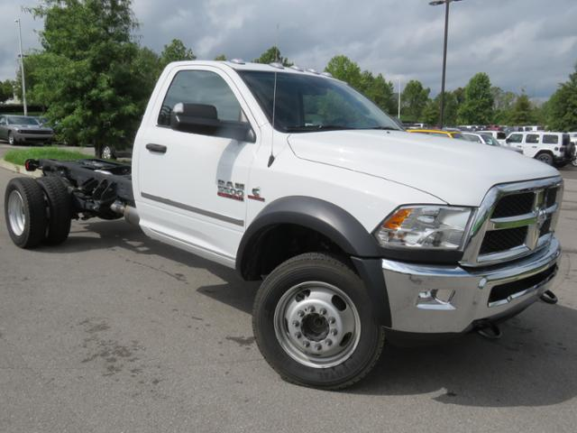 2018 Ram 5500 Regular Cab DRW 4x4,  Cab Chassis #JG269459 - photo 3