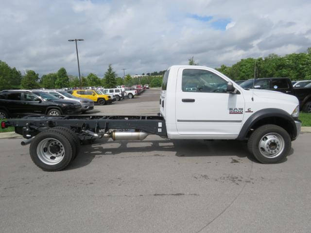 2018 Ram 5500 Regular Cab DRW 4x4,  Cab Chassis #JG269459 - photo 4