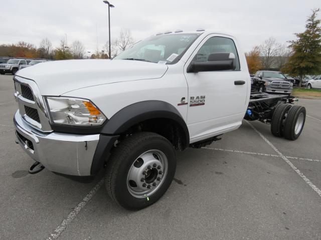 2018 Ram 5500 Regular Cab DRW 4x2,  Cab Chassis #JG354569 - photo 7