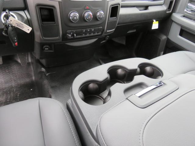 2018 Ram 5500 Regular Cab DRW 4x2,  Cab Chassis #JG360350 - photo 14
