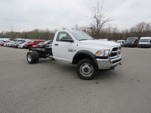 2018 Ram 5500 Regular Cab DRW 4x2,  Cab Chassis #JG360350 - photo 4