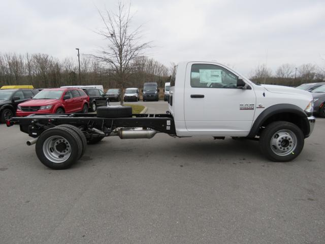 2018 Ram 5500 Regular Cab DRW 4x2,  Cab Chassis #JG360350 - photo 5