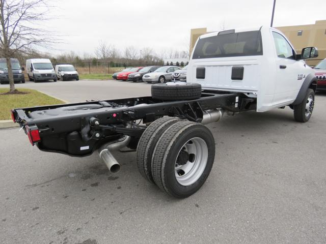 2018 Ram 5500 Regular Cab DRW 4x2,  Cab Chassis #JG360350 - photo 6