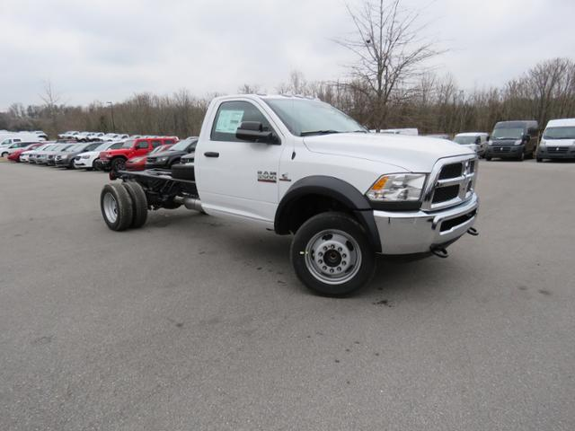2018 Ram 5500 Regular Cab DRW 4x2,  Cab Chassis #JG360355 - photo 4