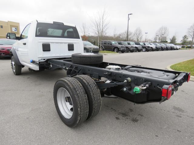2018 Ram 5500 Regular Cab DRW 4x2,  Cab Chassis #JG360355 - photo 2