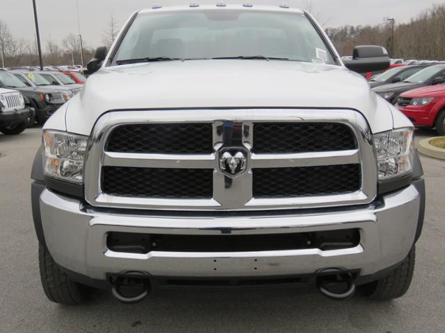 2018 Ram 5500 Regular Cab DRW 4x2,  Cab Chassis #JG360355 - photo 9