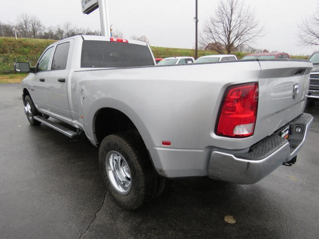 2018 Ram 3500 Crew Cab DRW 4x2,  Pickup #JG383662 - photo 2