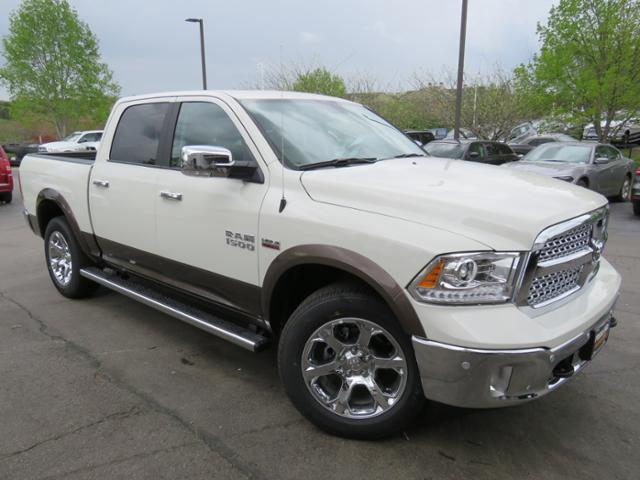 2018 Ram 1500 Crew Cab 4x4,  Pickup #JS238245 - photo 3