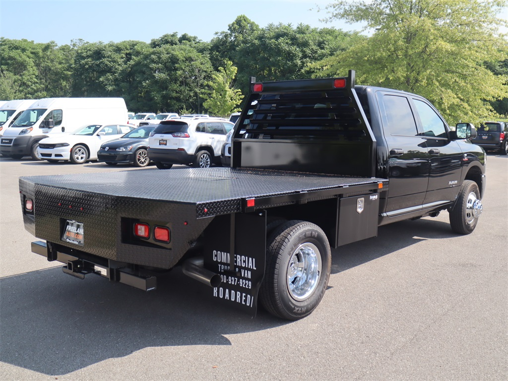 2020 Ram 3500 Crew Cab DRW 4x4, Commercial Truck & Van Equipment Platform Body #LG110276 - photo 1