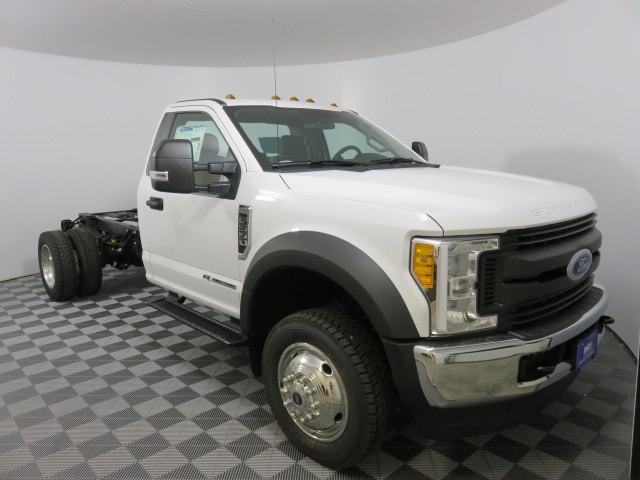 2017 F-550 Regular Cab DRW 4x4, Cab Chassis #T78619 - photo 3