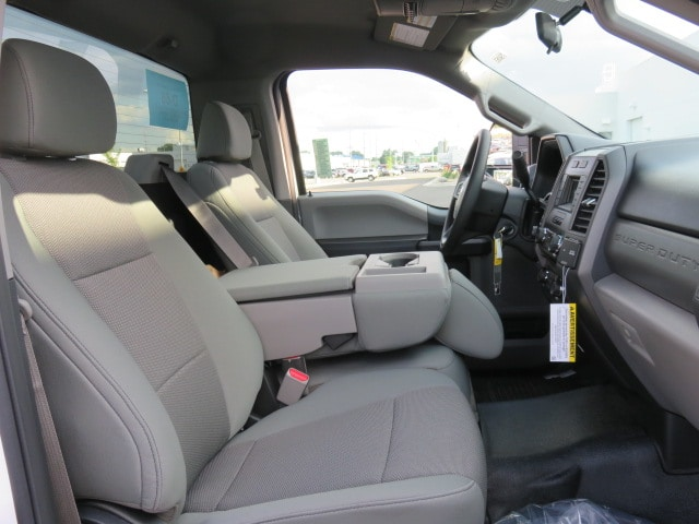 2017 F-550 Regular Cab DRW 4x4 Cab Chassis #T79065 - photo 8