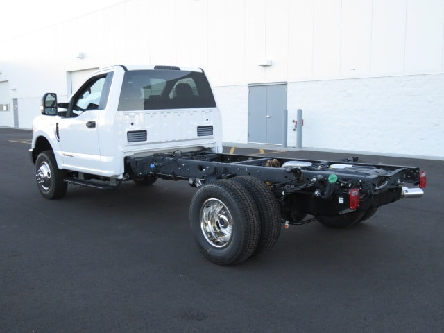 2017 F-350 Regular Cab DRW 4x4 Cab Chassis #T79075 - photo 2