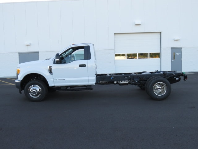 2017 F-350 Regular Cab DRW 4x4, Cab Chassis #T79075 - photo 5