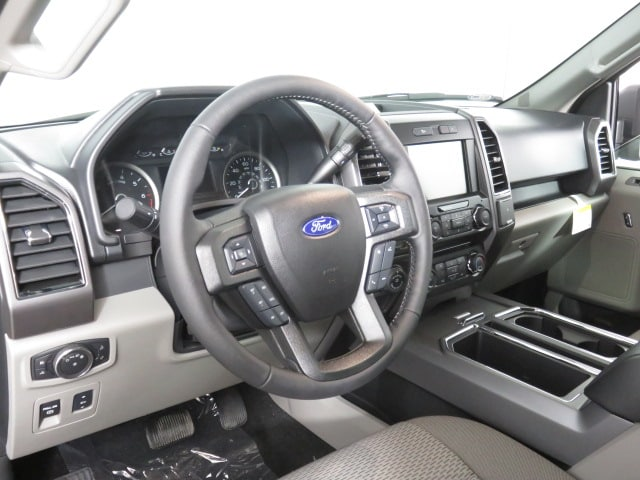 2018 F-150 SuperCrew Cab 4x4, Pickup #T79406 - photo 7
