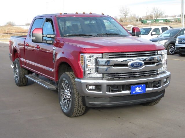 2018 F-250 Crew Cab 4x4, Pickup #T80141 - photo 3