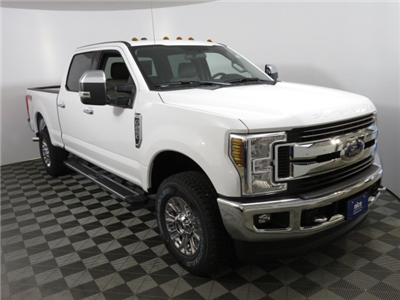 2018 F-250 Crew Cab 4x4,  Pickup #T81629 - photo 3