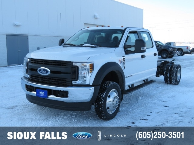 2019 Ford F-550 Crew Cab DRW 4x4, Cab Chassis #T83428 - photo 1