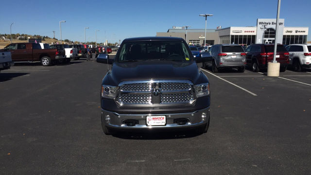 2018 Ram 1500 Crew Cab 4x4, Pickup #R18015 - photo 4