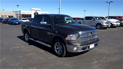 2018 Ram 1500 Crew Cab 4x4, Pickup #R18015 - photo 3